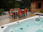 Summer Chalet Hot tub
