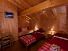 Twin en suite bedroom in morzine
