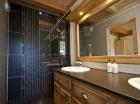 D En_Suite_Bathroom