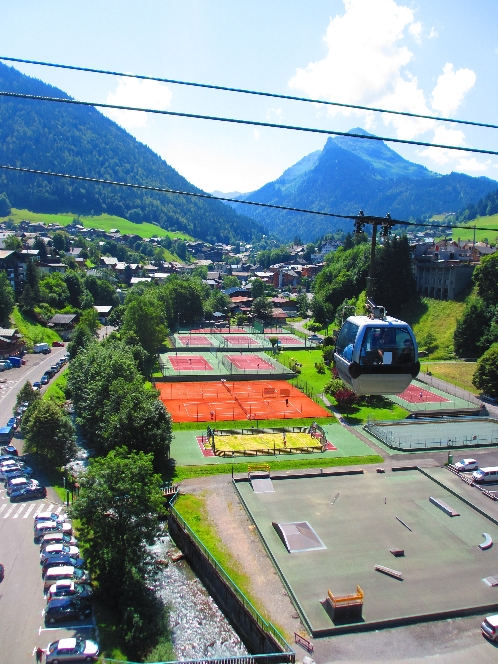 Morzine Tennis Courts